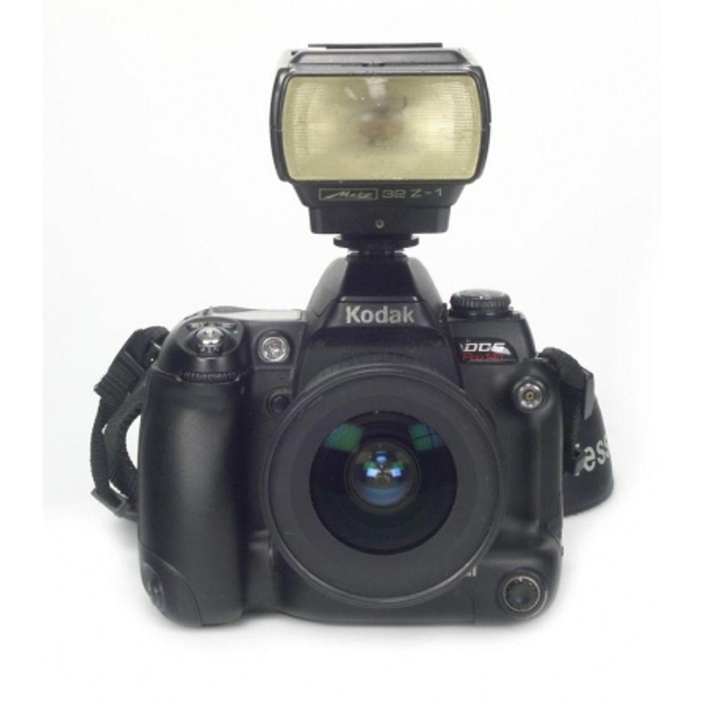 kodak-dcs-pro-14n-dslr-full-frame-14mpx-montura-obiective-nikon-af-ob-nikon-18-35mm-blitz-metz-32-6539