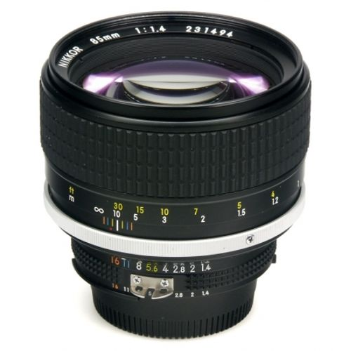 nikon-85mm-f-1-4-ais-manual-focus-8057