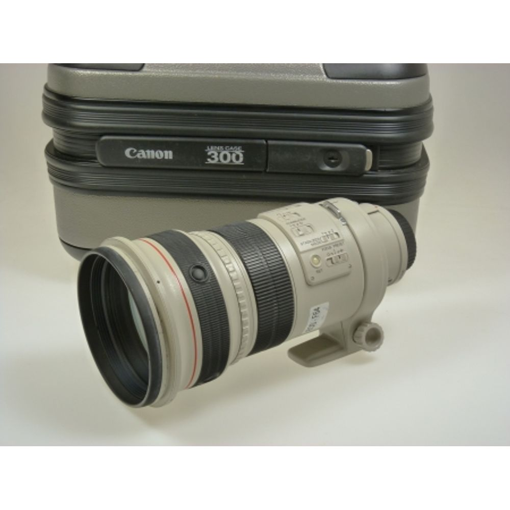 demo-canon-ef-300mm-f-2-8-l-is-usm-sn-37048-23798