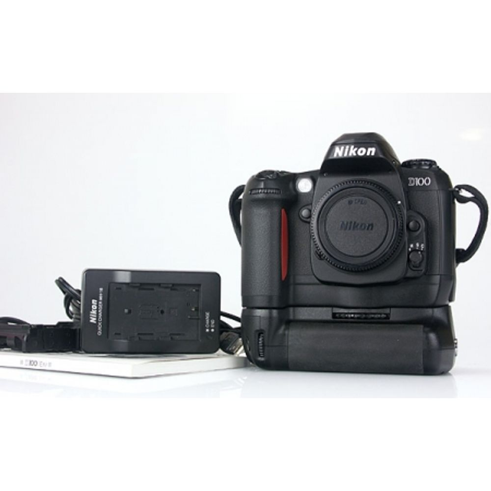 nikon-d100-body-6megapixeli-dslr-battery-grip-mb-d100-3617