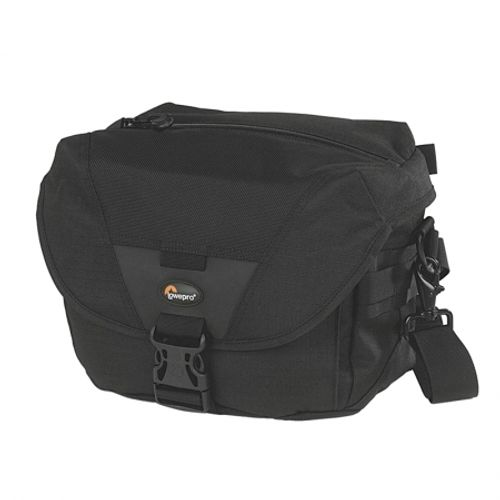 lowepro-stealth-reporter-d100-aw-3788