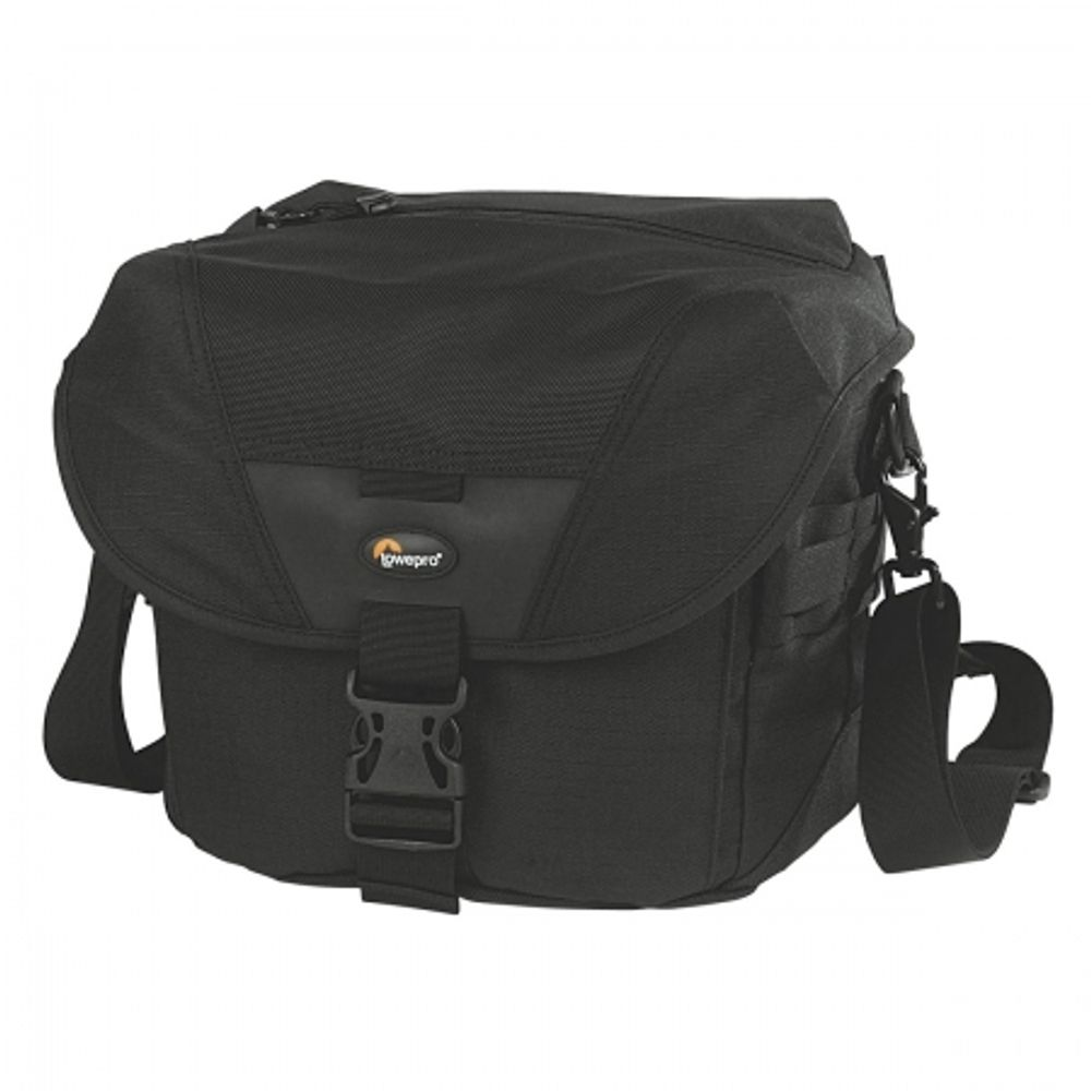 lowepro-stealth-reporter-d200-aw-3789
