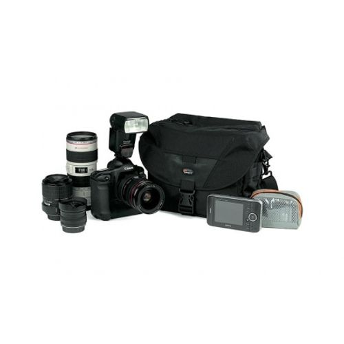 lowepro-stealth-reporter-d300-aw-3790