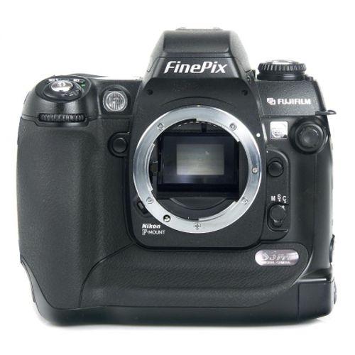 fuji-finepix-s3pro-5486