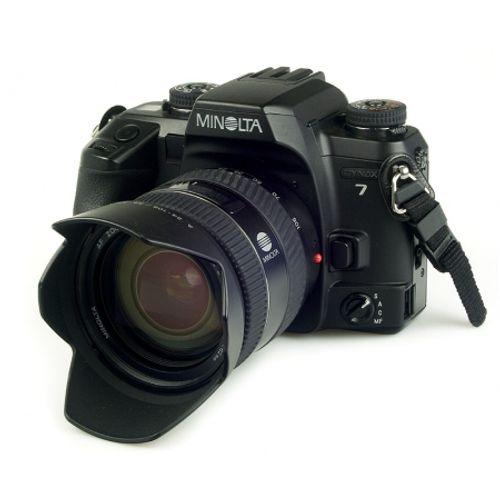 minolta-dynax-7-slr-35mm-5676