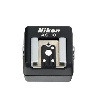 nikon-as-10-ttl-adaptor-pentru-blitzuri-multiple-7245