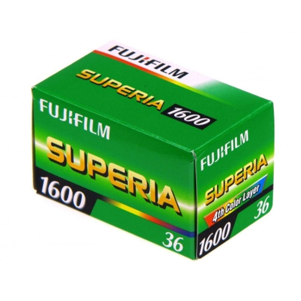fujifilm-fujicolor-superia-1600-film-negativ-color-ingust-iso-1600-135-36-7440