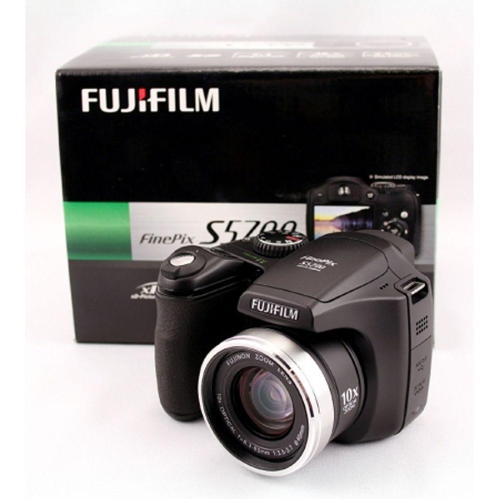 fuji-finepix-s5700-7mpx-zoom-optic-10x-lcd-2-5-inch-5105