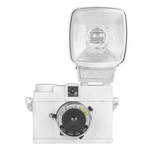 lomography-diana-mini-with-flash-alb-aparat-foto-pe-film-de-35mm-27619