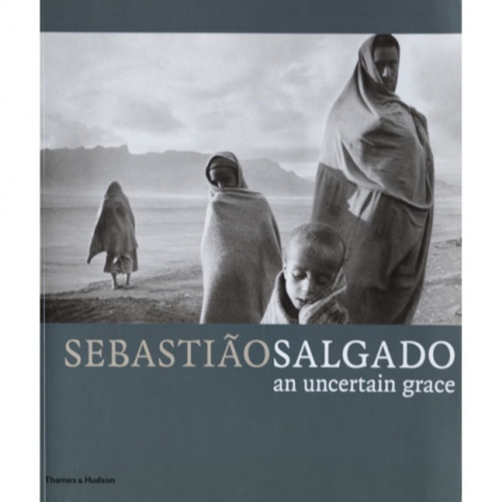 sebastiao-salgado-an-uncertain-grace-26440
