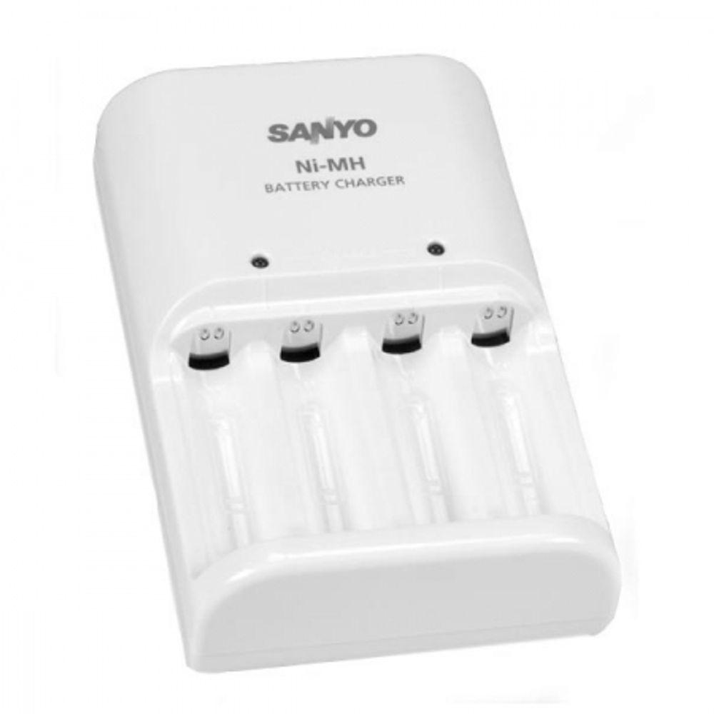 sanyo-mqn04-e-incarcator-acumulatori-r6-aa-29154