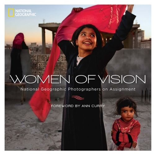women-of-vision--national-geographic-photographers-on-assignment-40307-146