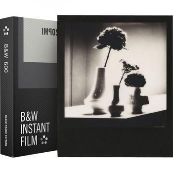 polaroid-impossible-film-b-w-pentru-polaroid-600--black-frame-52034-70