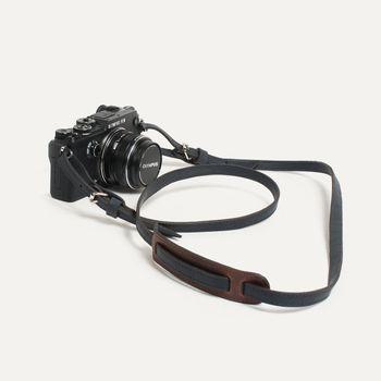 camera-strap-giraud-bleu-de-chauffe-x-olympus