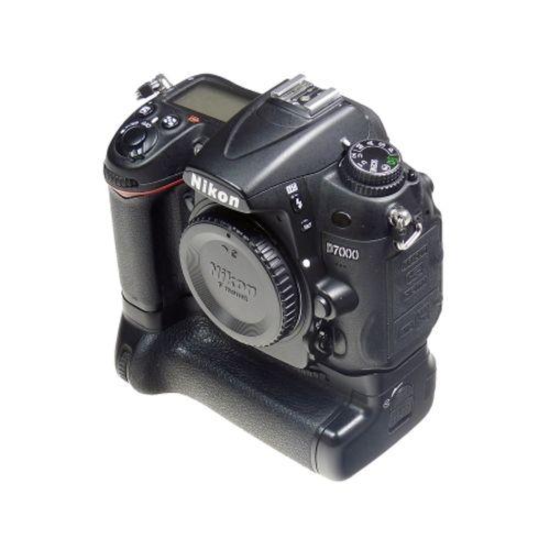 nikon-d7000-body-grip-pixel-sh6117-1-46789-3