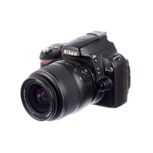 nikon-d40-18-55mm-f-3-5-5-6-dx-sh6776-57089-331