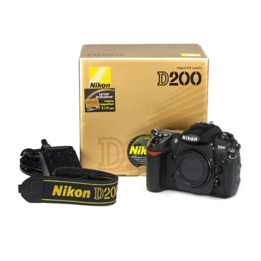 nikon-d200-body-cf-1gb-lexar-professional-9044
