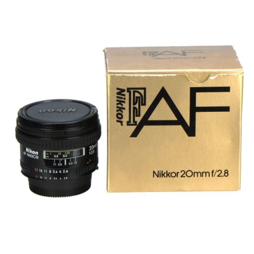 nikon-af-20mm-f-2-8-9064