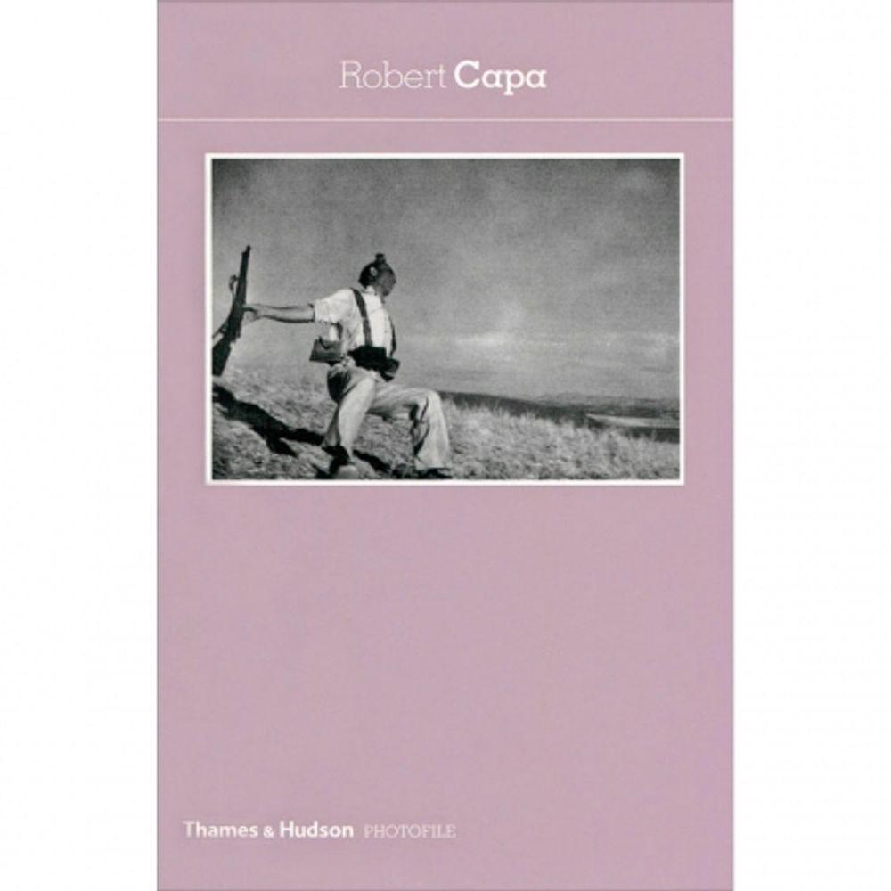 robert-capa-photofile-introducere-de-roger-grenier-26747