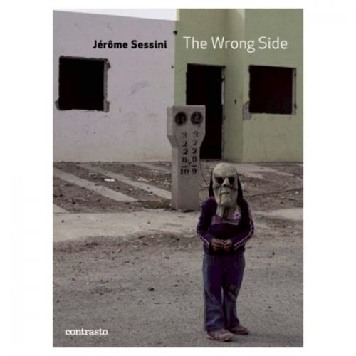 jerome-sessini-the-wrong-side-living-on-the-mexican-border-27100