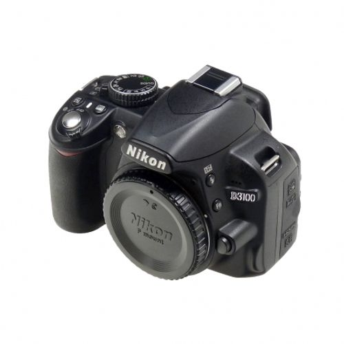 nikon-d3100-body-geanta-nikon-sh5578-1-40528-548