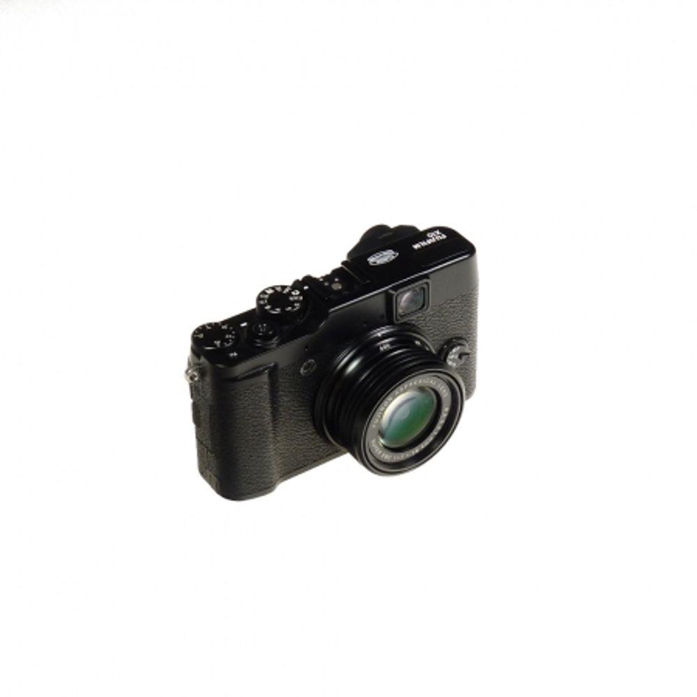 fujifilm-x10-black-sh5851-43448-319