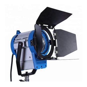 Kast-Lampa-Studio-cu-Lumina-Continua-1000W